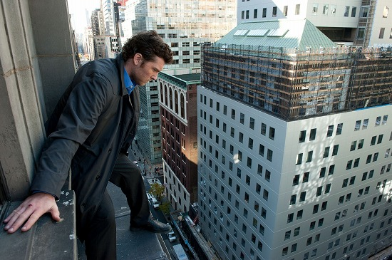 2012_man_on_a_ledge_010.jpg